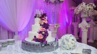 Custom Cakes